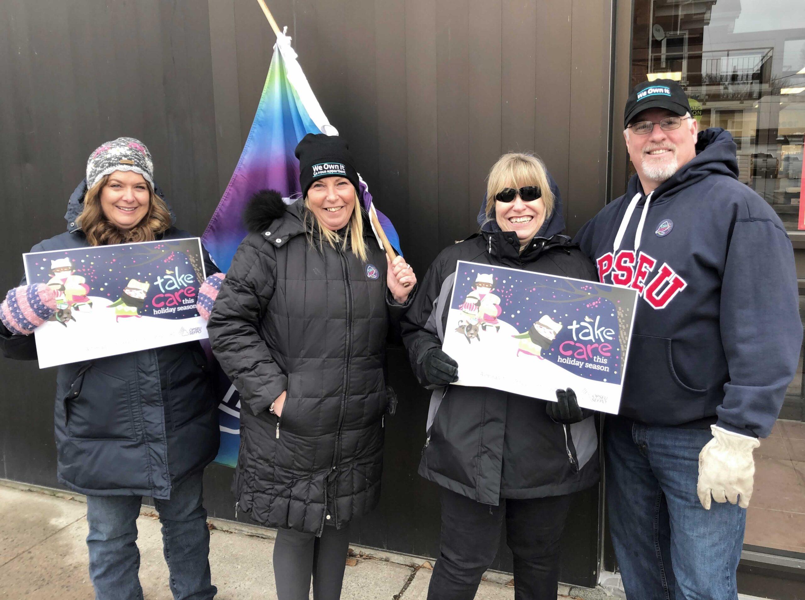 OPSEU members protest in Prescott