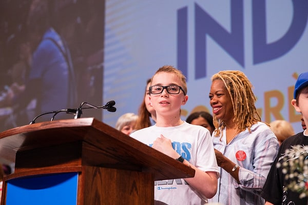 Child of OPSEU member at the podium during Convention 2019.