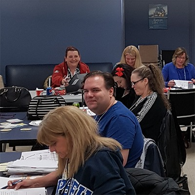 2017 LBED Bargaining Mobilizers sit at tables during training